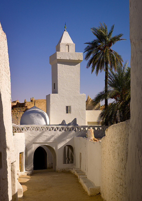Ghadamis old town entry, with the main mosque, Libya