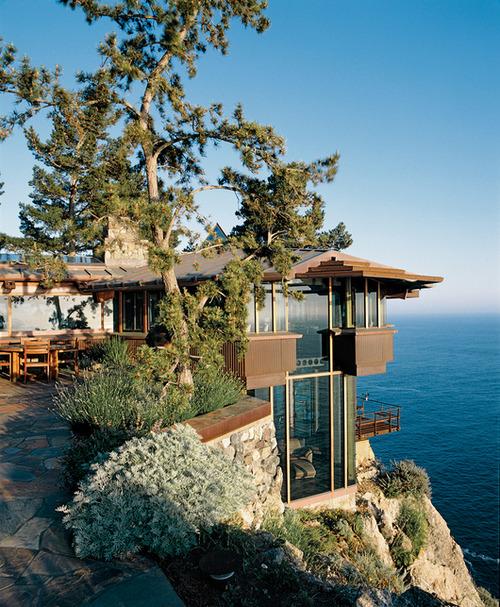 Cliff-Top Ocean Home, Big Sur, Califorina