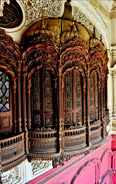 Architectural details inside Omar Hayat Palace in Chiniot, Pakistan