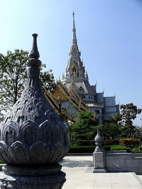 Wat Sothon Wararam Worawihan buddhist temple in Chachoengsao, Thailand