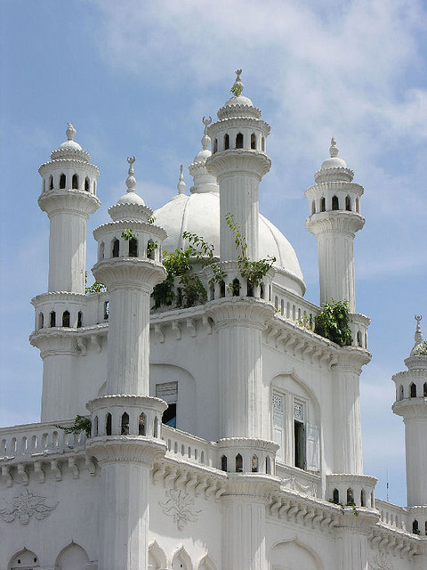 A beautiful old mosque in Colombo, Sri Lanka