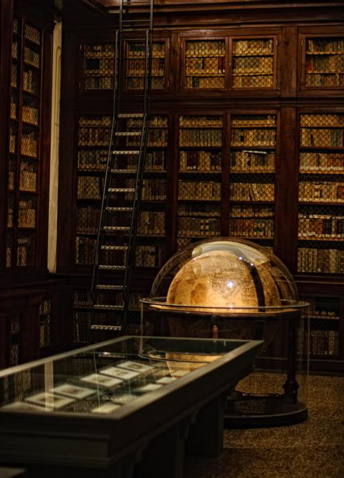Library, Bologna, Italy