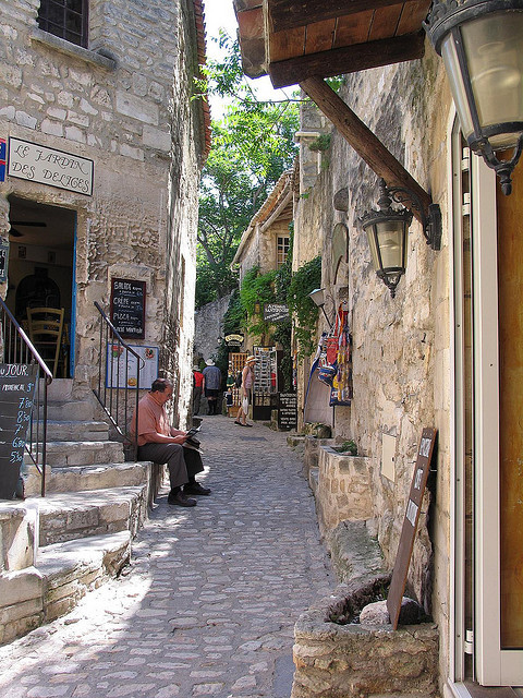 Narrow alleyway in Les Baux de Provence, France