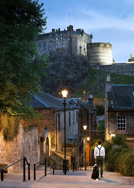 Roaming the streets of Edinburgh / Scotland
