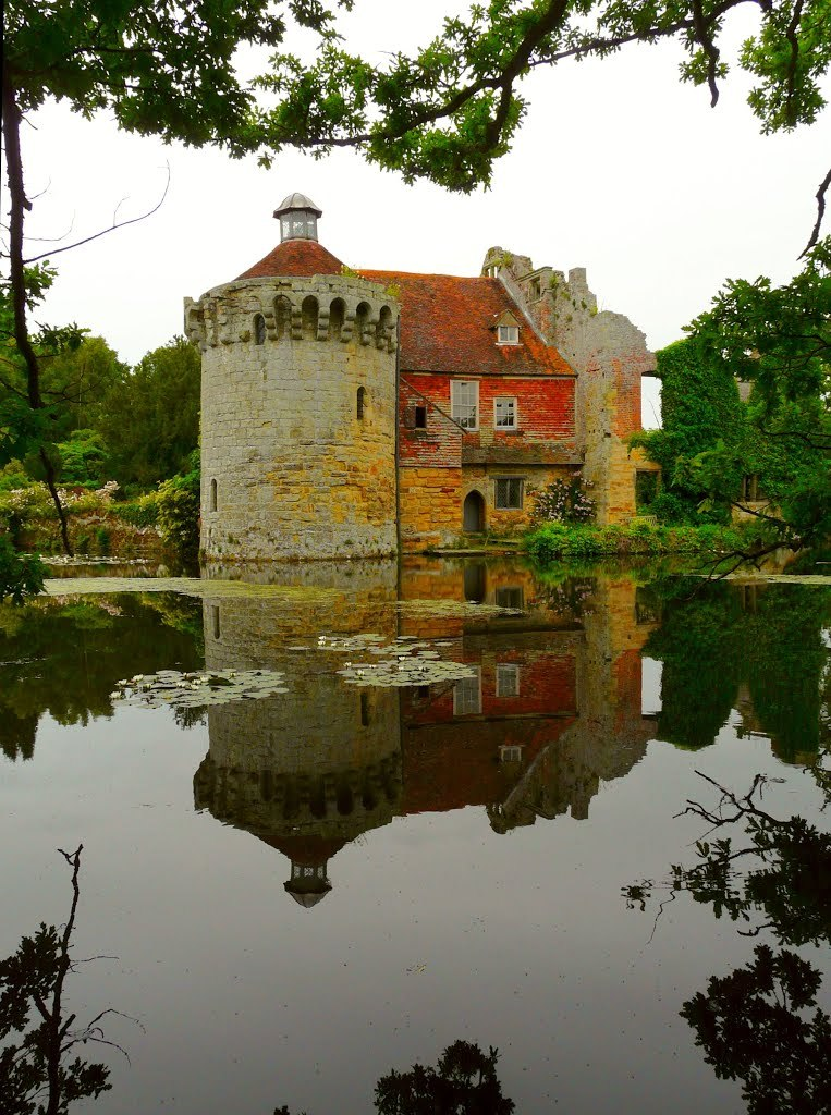 Reflections of old Scotney Castle in Kent / England